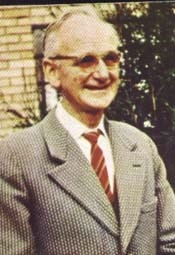 A. Patricio Symes