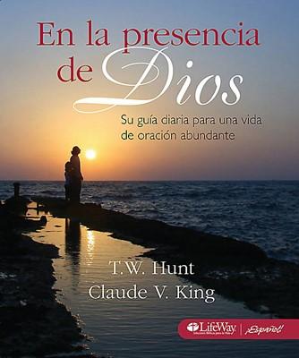 En la presencia de Dios (Tapa Suave) [Manual]